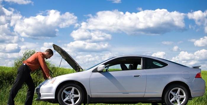 PENTING! 5 Cara Mengatasi Mobil Mogok Mendadak Di Tengah Jalan