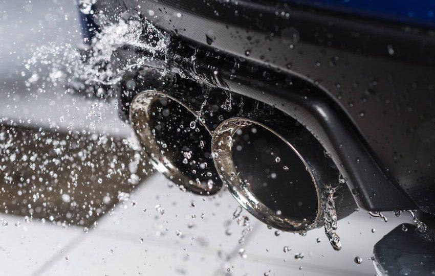 Ini Cara Atasi Knalpot Mobil Kemasukan Air Saat Banjir